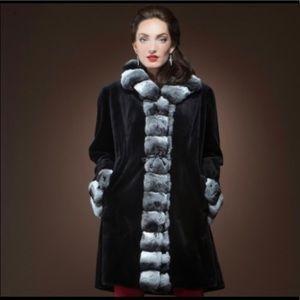Jackets & Blazers - 💎HP Black Sheared Mink& Chinchilla Mid-Length Fur